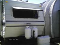 1992 DUTCHMEN TRAVEL TRAILER CLASSIC M30FL, 30FT,FRONT