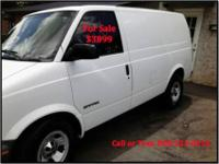 1998 GMC Safari Mid-Sized Van. Service Vehicle. -