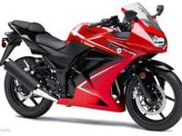 2012 KAWASAKI NINJA 250R, Two-tone Passion Red /