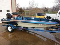 1990 Skeeter SD80 boat. 15.5 feet boat. 40 horsepower,