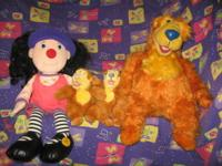Big Comfy Couch & Bear in Big Blue House Collection!