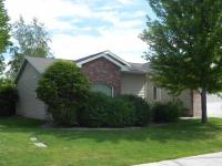 Ranch style 3 bedroom, 1.75 bath townhouse with