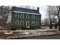 Spacious Colonial in desirable North Leominster