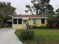 Clean, Cute And Cozy 3 Bedroom, 1 Bath House In The
