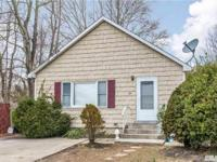 Delightful Ranch In Lovely Smithtown Area With