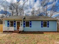 Great starter or investment property! 3 bed/1.5 bath,