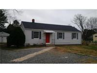 Fantastic find in eastern henrico! Beautiful renovation