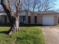 Affordable 3-1.5-1 Brick home with large fenced back