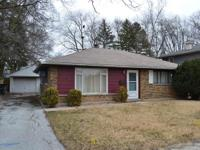 Large 3 bedroom / 1 bathroom home with over 1,300 s.f.