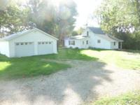 Looking to get out into the Country! 4.5 acre, 3BR/1BA