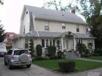 Beautiful Central Hall Colonial, In Mint Condition, 72