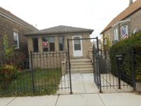 Built in 2007 / well maintained brick 3 bedroom home