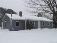 Nice 6 room, 3 bedroom ranch. 1st floor family room w/