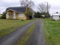 Difficult to find 1.10 acre property with a cute 3 bed