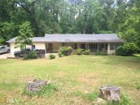 Awesome opportunity to own this Ranch home with 2 to 3