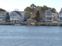 Cozy waterfront cottage with endless views. Located on