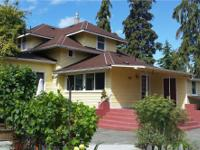 1913 Sequim Craftsman home, beautifully restored and