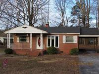 Nice home in the middle of Blackstone VA. close to
