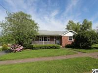 Solid brick cape cod w/great curb appeal in nice