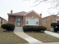 Classic remodeled ranch in sought after calumet heights