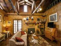 A wonderful and delightful charming home in Historic