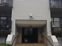 Great size condominium close to shopping,