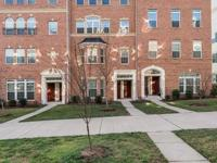 Beautiful 2 lvl condo in gated community of Potomac