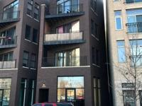 Exceptionally designed huge newer condominium with