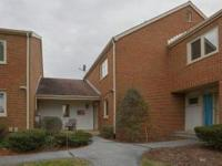 This 3 bedroom, 2.5 bathroom Battery Ridge Condo