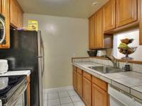 Well Kept 3bed/2ba condo all on 1 level. Clean Kitchen