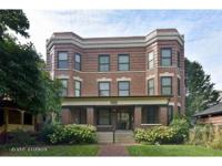 Recent luxury renovation in lincoln square! Beautifully