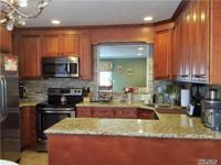 Diamond Updated Hoa, With New Kitchen, Baths, Lg Master