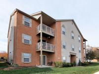 Rare 3 bedroom condo in Jessie's Landing with large