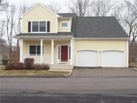 Striking young 3 BR, 2.5 bath col in Maple Oak Reserve,