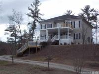 Enjoy beautiful mountain views from this 3BR/2.5BA