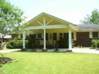 Southside all brick home . 3 br, 2 ba home with very