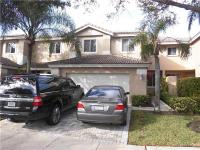 Modern town home in desirable golf gated comminity.3