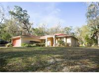 Beautiful 3/2/2 on 2.5 acres in a quiet natural