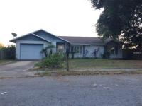 Come check out this great starter home or investment