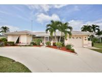 Great location on the Island Golfcourse. Remodeled and