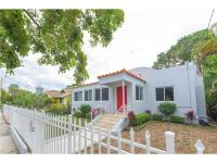 Wynwood: 3 bed 2 bath plus den single-family home;