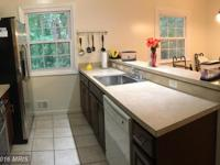 Recently remodeled th w/ 3 bed 2 full and 2 half