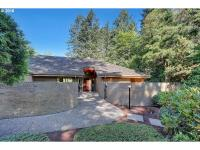 Custom designed NW Contemporary located in the Highland