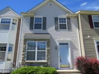 Nice Townhome With A Comfortable Feel* 3 BRs & 2.5