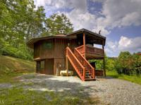 ~one of a kind mountop cabin~ this custom mountaintop
