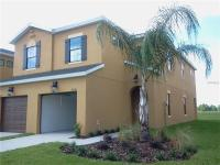 1692 sqft, 3 bedroom, 2 1/2 bathroom town home on the