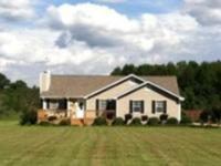Bful north pike county family home on 2.15 acres!