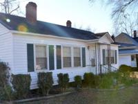 Cute as a button- 3 br / 2 ba 1950's cottage in
