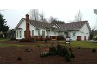 Fabulous NW McMinnville one-level custom home on a