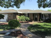 Well kept property located near shopping center and
